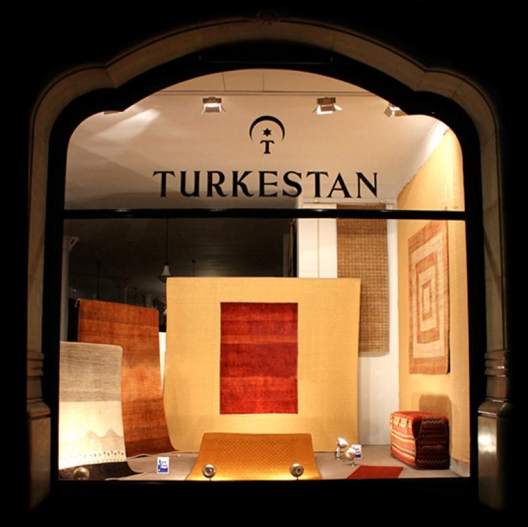 Alfombras turkestan en barcelona decoracion de hogar en for Alfombras orientales barcelona